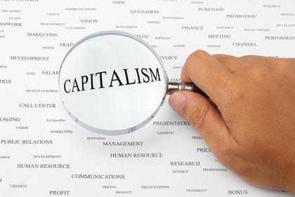 capitalisme et socialisme: définition